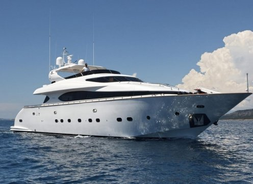 Exclusive Yachts Charter