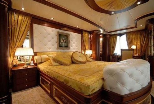 Luxurious Yacht Bedrooms