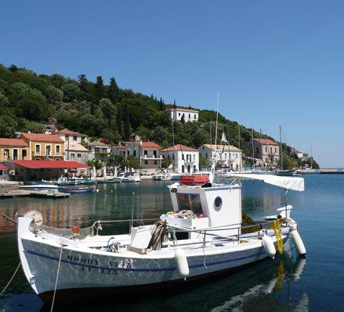 Greece Yacht Charter Sailing