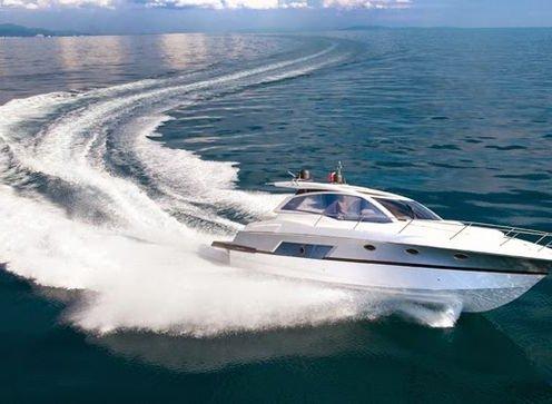Adds Italian Luxury Yachts