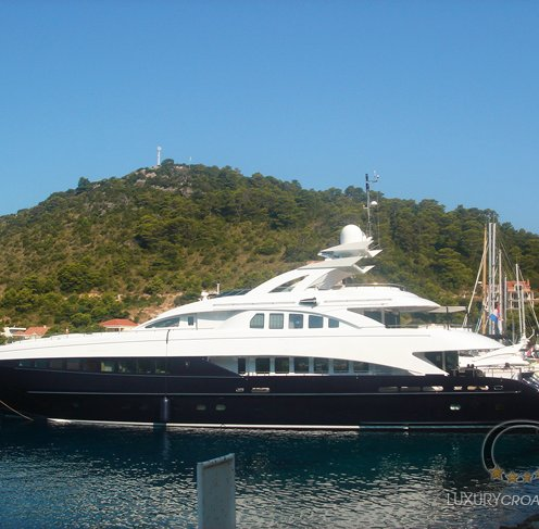 Luxury yacht for charter - 6