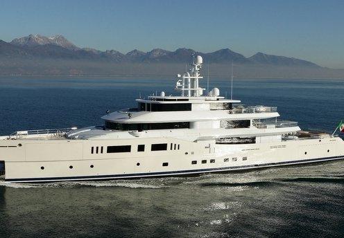 Mega Yacht Vitruvius Grace E