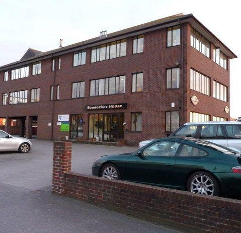 Poole : Sunseeker House (Photo