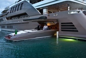 Custom Yachts builders