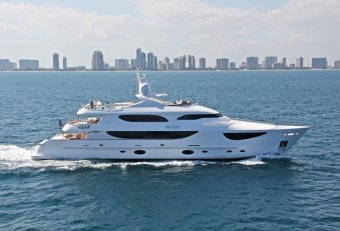 Yacht builders Florida